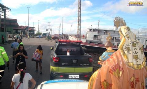 Imagem peregrina de Sant`Ana, foi recebida em Manaus por obidenses que saíram em carreatas pelas ruas da cidade