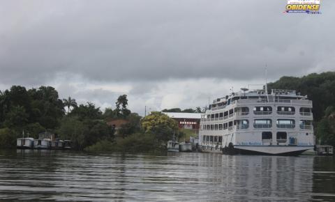 Após apresentar leve sinal de recuo, nível do rio Amazonas volta a subir na cidade de Óbidos, desta vez 20cm