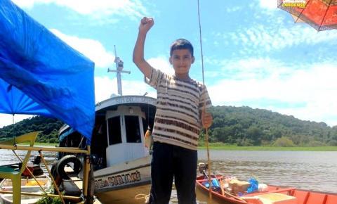 Cheia do rio Amazonas trás oportunidade para a pratica da pescaria