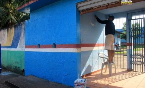 Estádio municipal de Óbidos Ary Ferreira está recebendo trabalhos de revitalização em seu espaço e estrutura