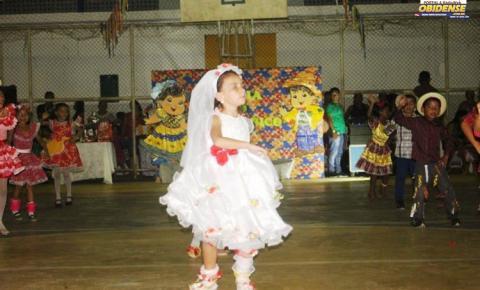 Em Óbidos, Arraiá do Tio Florico encantou o público que esteve presente na escola Dom Floriano