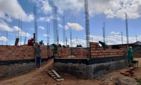 Obra da Unidade de Atenção Especializada em Saúde da Mulher está sendo construída no Bairro do Bela Vista em Óbidos