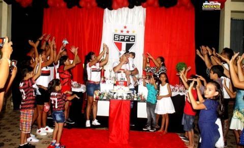 As famílias Marajó Pinto, comemoraram aniversário de 1 ano de seu primogênito