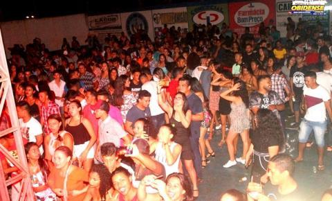 Banda Amazonense Forró Festança foi lotação no Clube do Mariano em Óbidos