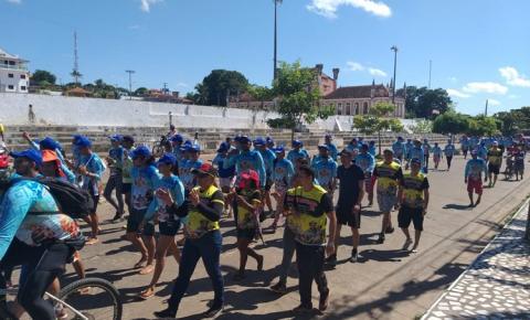 Fieis de Santo Antônio homenageiam senhora Sant'Ana em mais uma edição da caminhada vinda da cidade de Oriximiná