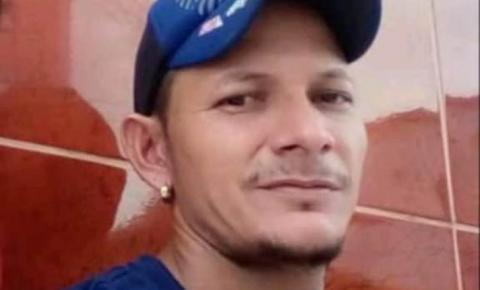 Homem morre no hospital após levar três facadas