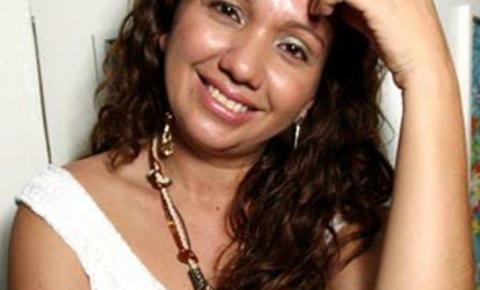 Cantora Santarena Cristiana Caetano, fará show em Óbidos na noite desta quarta-feira (24)