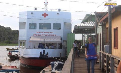 Em busca da saúde. Obidenses são atendido as margens do lago Pauxis