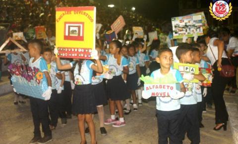 Escola Dom Floriano leva projeto de leitura para o desfile cívico, em Óbidos | Portal Obidense