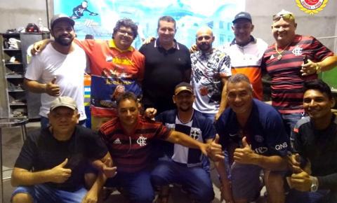 Filhos de Óbidos se reúnem na Brelaz Inox Inovações para uma roda de samba | Portal Obidense