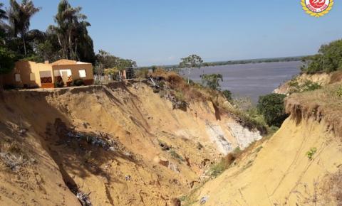 No fundo do abismo - Cratera localizada na Travessa Juraci Matos aumenta e moradores pedem solução | Portal Obidense