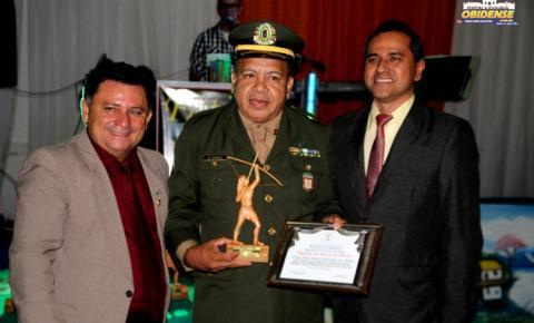 Em Manaus, agraciados recebem troféu índio Pauxi | Portal Obidense
