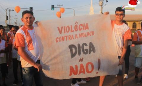 População obidense se unem para dizer não a violência contra mulher   Portal Obidense