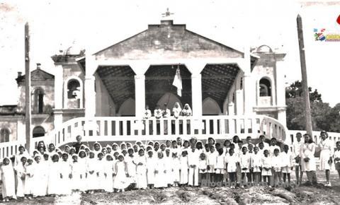 Turma de Primeira Eucaristia em Óbidos na década de 1930 | Portal Obidense