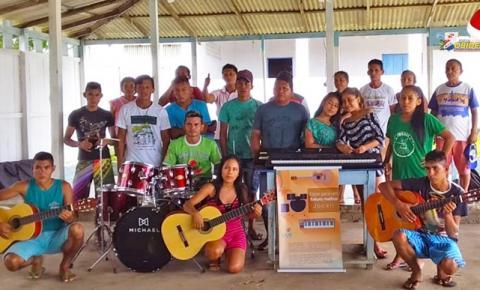 Jovens de comunidade em Juruti ganham novos horizontes por meio da música | Portal Obidense