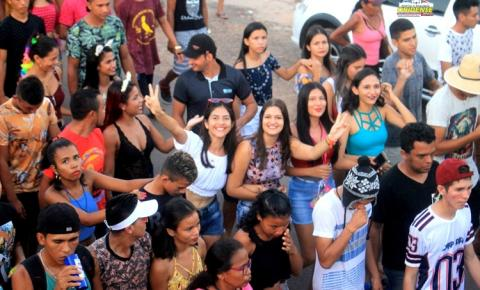Lotação total no primeiro arrastão de pré-carnaval em Óbidos | Portal Obidense