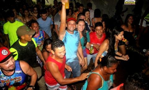 Pai da Pinga mantem tradição das segundas do Pré-carnaval em Óbidos | Portal Obidense