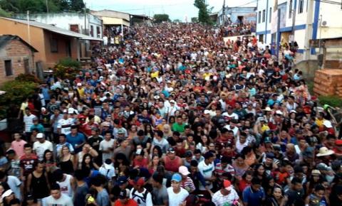 Domingo (26), Águia Negra movimentou Óbidos com seu arrastão de Pré-Carnaval | Portal Obidense