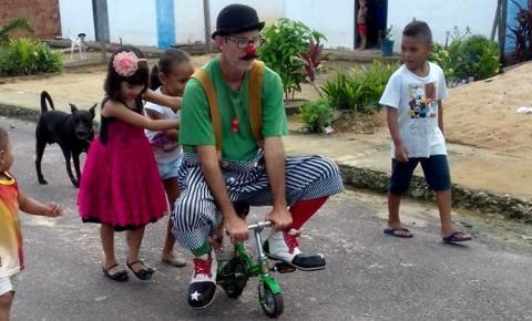 Pastor realiza evangelismo com arte circense com missionário palhaço | Portal Obidense