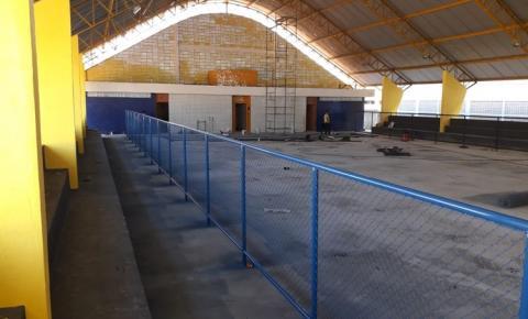 Quadra da escola Irmã Firmina está em fase de conclusão | Portal Obidense