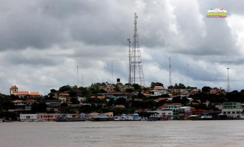 Em Óbidos, governador Helder Barbalho entrega PA-437 e cumpre agenda no município | Portal Obidense