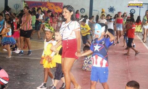 Escola Dom Floriano realiza carnaval com alunos | Portal Obidense