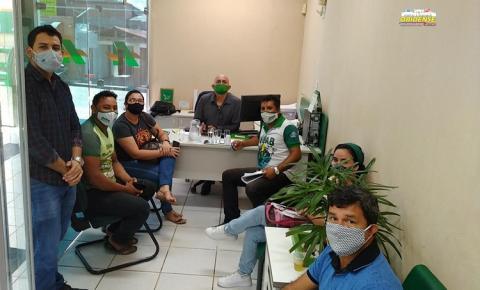 SEMAB se reúne com gerente do Banco da Amazônia para estreitar parceria que beneficiará agricultura familiar, em Óbidos | Portal Obidenses