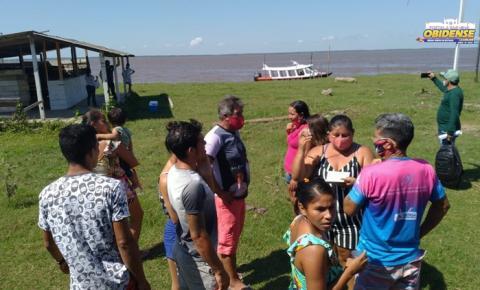 Representante do legislativo vistam comunidade que sofrem com o fenômeno das terras caídas | Portal Obidense
