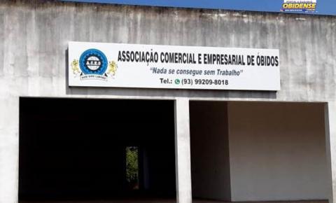Associação Comercial e Empresarial de Óbidos reúne candidatos à prefeitura de Óbidos | Portal Obidense