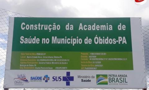 Prefeito de Óbidos fala sobre obra na quadra poliesportiva do sagrado | Portal Obidense
