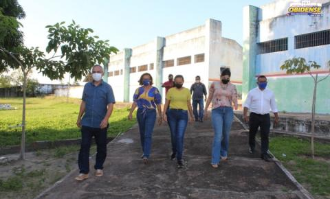 Técnicos da Caixa Econômica visitam obras que estão paradas em Óbidos | Portal Obidense