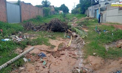 Em Óbidos Moradora do Bairro Perpétuo Socorro Sofre em Decorrência das Fortes Chuvas| Portal Obidense