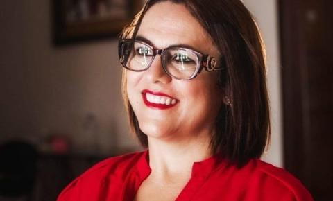 Primeira-dama de Óbidos Alice Silva, usa rede social para pedir Paz no município | Portal Obidense