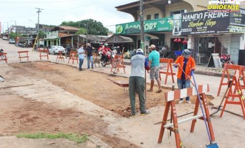 Outro trecho da principal avenida de Óbidos recebe serviço de revitalização   Portal Obidense