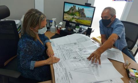 Projeto do novo prédio da escola Felipe Patroni foi entregue na Secretária de Educação do Estado   Portal Obidense