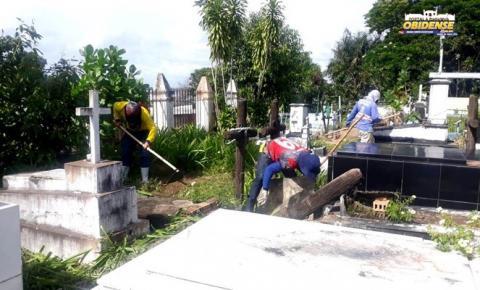 Serviços de limpeza são realizados em cemitério municipal de Óbidos | Portal Obidense