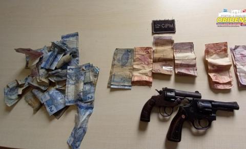 Dupla armada invade comércio, rende dono, clientes e rouba dinheiro e acabam presos em Oriximá | Portal Obidense