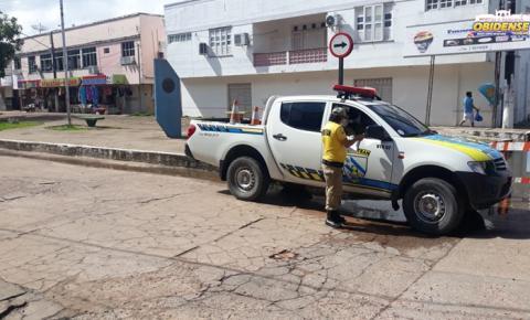Demutran realiza desvio nas ruas afetadas pelas águas no centro comercial | Portal Obidense