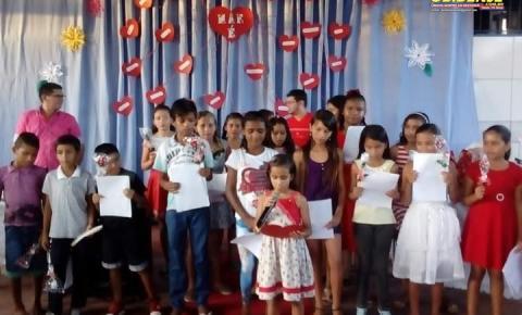 Escola Dr. Raymundo Chaves fará live em homenagem as mães   Portal Obidense