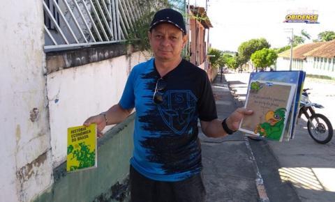 Obidense Nildo Rocha faz doação de livros para a geladeira literária de Óbidos | Portal Obidense