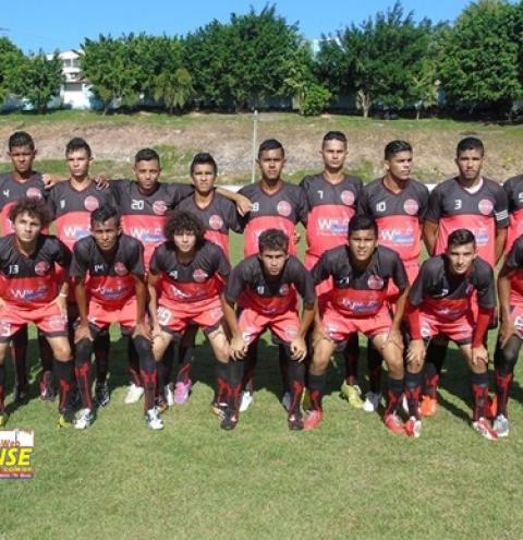 Jogadores do Tarumã realizam confraternização no Luso Sporting Clube
