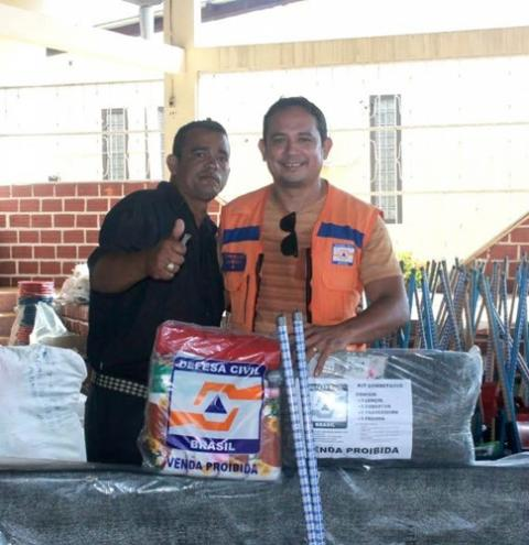 Coordenadoria de Defesa Civil, finaliza entrega dos kits humanitários em Óbidos.