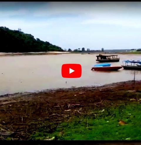 Nesta manhã de sexta-feira (12), Portal Obidense, mostra o lago Pauxis, onde muitas crianças brincavam e tomavam banho.