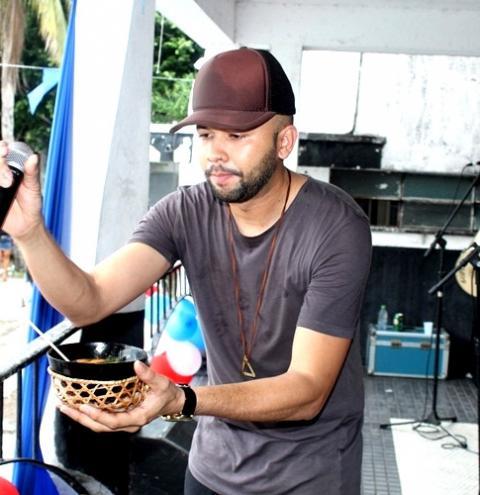 Uendel Pinheiro faz show no sábado (20) em Óbidos