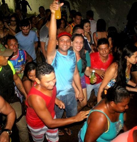 Pai da Pinga mantem tradição das segundas do Pré-carnaval em Óbidos   Portal Obidense