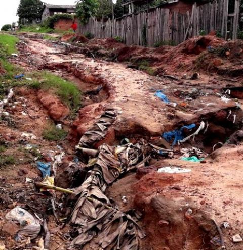 No Bela Vista, ruas intrafegáveis despejam terra, lama e lixo no logo Pauxis   Portal Obidense