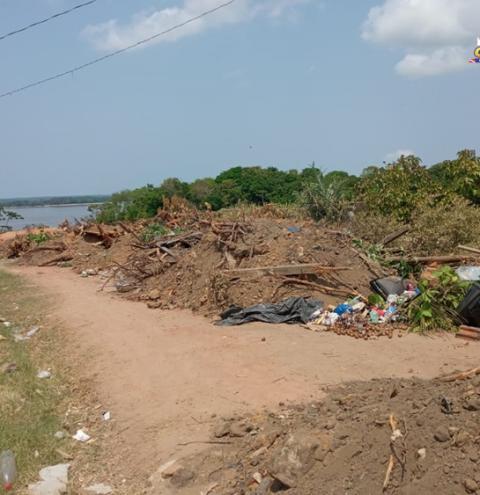 Buracão da AABB, também é deposito de lixo e entulho | Portal Obidense