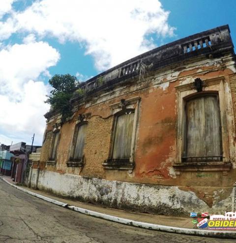 """MP recomendará o tombamento do casarão histórico da """"Bacuri"""" e a retomada das obras do Forte Pauxis"""