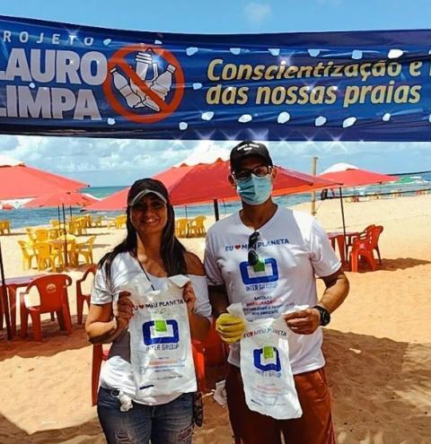 Mais de 100 voluntários se mobilizaram para limpar praias de Lauro de Freitas