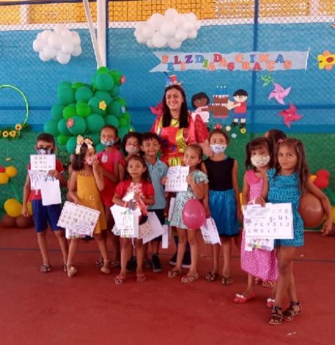 Professora Cárlea Baraúna fala sobre o dia dos professores (as) | Portal Obidense